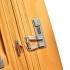 چمدان-دلسی-مدل-clavel-زرد-384582005-نمای-زیپ