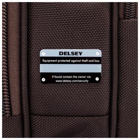 کیف لپ تاپ دلسی مدل Bellecour نمای نزدیک از لیبل