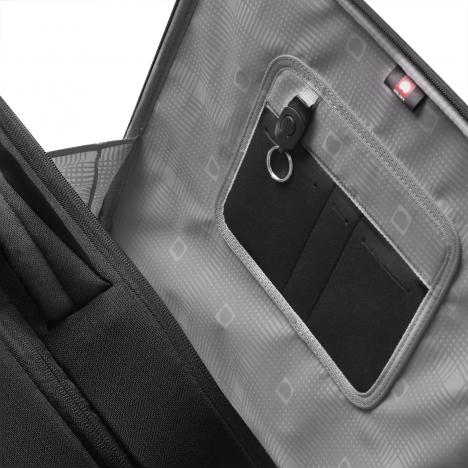 نمای جیب یک سمت کیف لپ تاپ دلسی مدل Bellecour