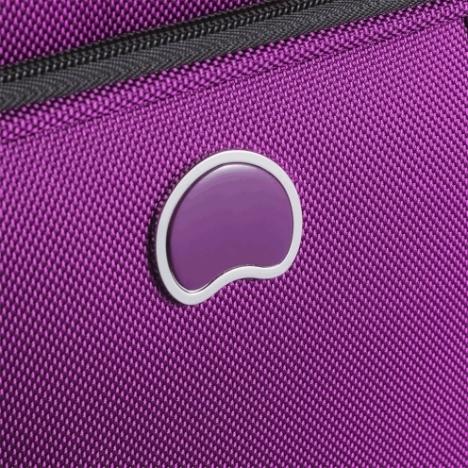 چمدان دلسی Helium Cruise - سه سایز - نمای نزدیک از لوگو