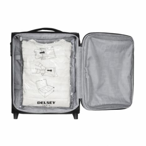 وکیوم لباس دلسی مدل  394033257 نما از داخل چمدان