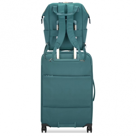 کوله-پشتی-دلسی-مدل-montrouge-سبز-201860303-نمای-پشت-کوله-پشتی-و-چمدان