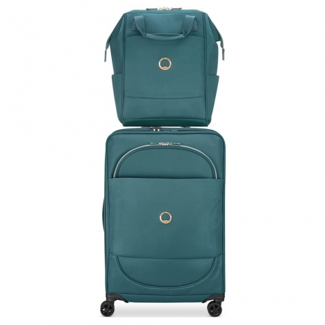 کوله-پشتی-دلسی-مدل-montrouge-سبز-201860303-نمای-نصب-شده-روی-دسته-چمدان