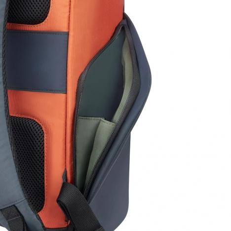 کوله-پشتی-دلسی-مدل-secuflap-نارنجی-202061025-نمای-جیب-کناری