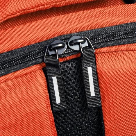 کوله-پشتی-دلسی-مدل-securban-نارنجی-333460325-نمای-زیپ