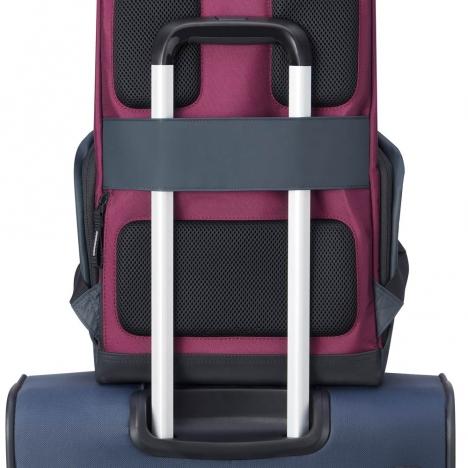 کوله-پشتی-دلسی-مدل-securflap-قرمز-202061004-نمای-نصب-شده-روی-دسته-چمدان