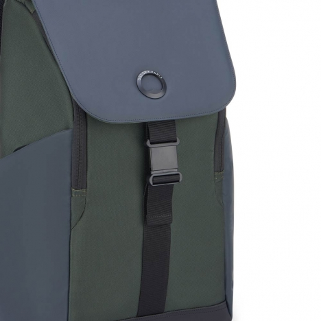 کوله-پشتی-دلسی-مدل-securflap-کاکتوسی-202061013-نمای-لوگو-و-سگک