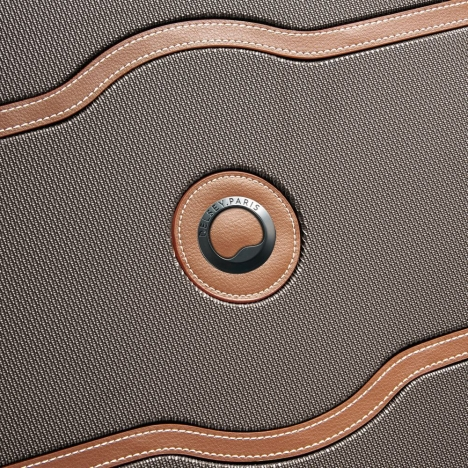 چمدان-دلسی-مدل-chatelet-air-شکلاتی-167281006-نمای-لوگو-دلسی