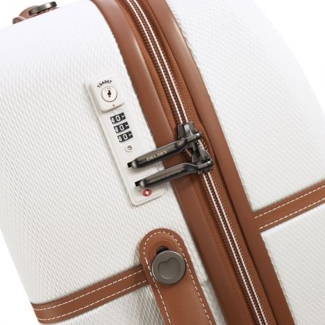 چمدان-دلسی-مدل-chatelet-air-شیری-167282015-نمای-زیپ