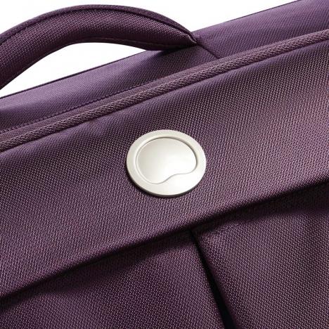 چمدان-دلسی-مدل-flight-lite-بنفش-23380108-نمای-لوگو-دلسی