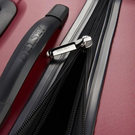 چمدان-دلسی-مدل-segur-قرمز-205883004-نمای-زیپ-باز-شده