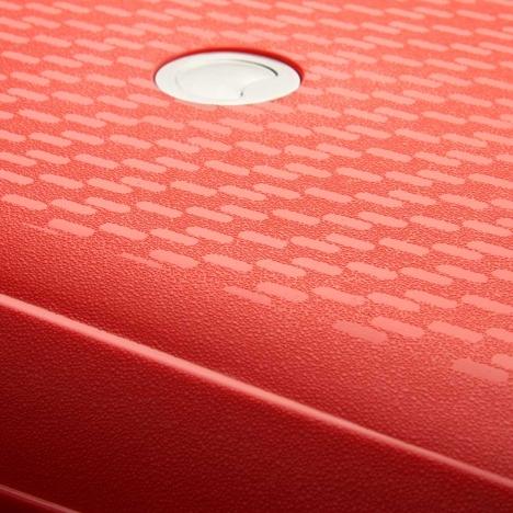 چمدان-دلسی-مدل-TASMAN-نارنجی-310080125-نمای-بدنه-و-لوگو